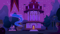 Nightmare Moon escaping while in her mist form S1E02