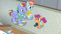 Scootaloo excited to see Rainbow's old bedroom S7E7.png