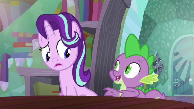 File:Starlight sees Spike pop out S6E2.png