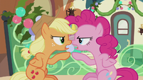 "Applejack and Pinkie ""you stop it first!"" S5E20"