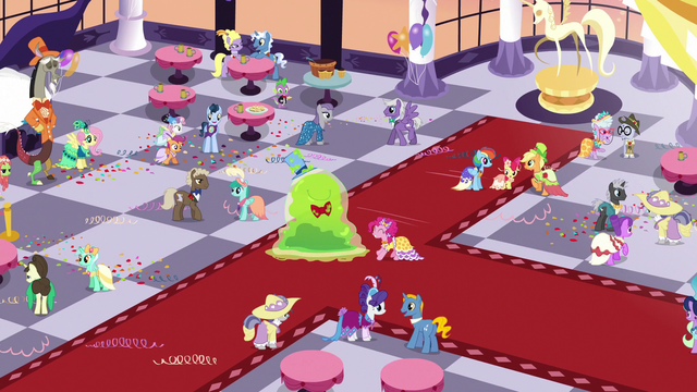 File:Grand Galloping Gala final shot S5E7.png
