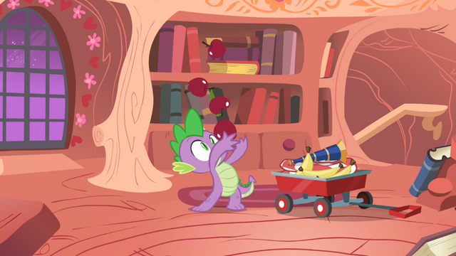 File:Spike almost failing on juggling apples S1E24.png