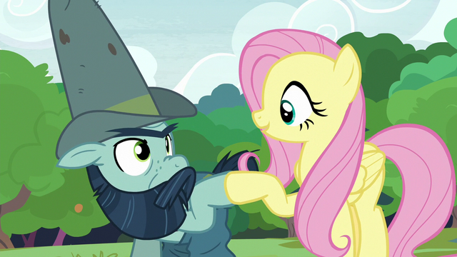 File:Fluttershy and Big Daddy McColt hoof-bump S7E5.png