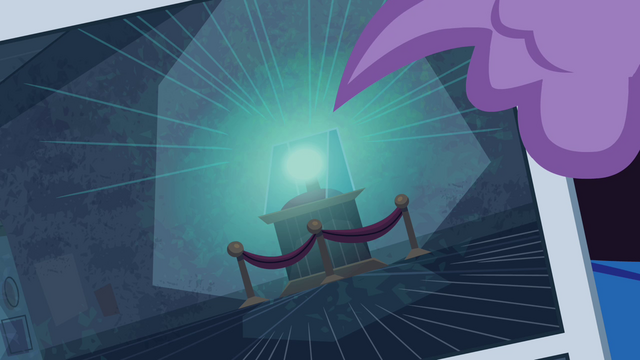 File:Spike pointing to Electro-Orb S4E06.png