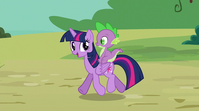 File:Twilight Sparkle with Spike on her back S6E22.png