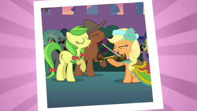 File:Applejack playing the fiddle S2E26.png