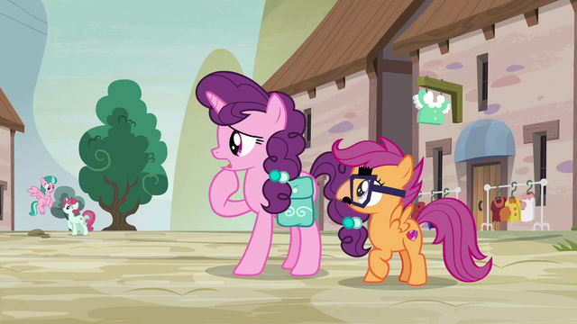 "File:Sugar Belle ""it's just the one street"" S7E8.png"