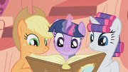 Twilight have fun check S1E8