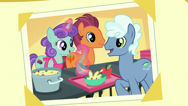 File:Photo of theater ponies preparing food S5E16.png