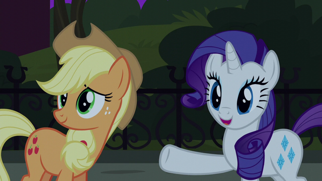 File:Rarity pointing to Manehattan ponies S5E16.png