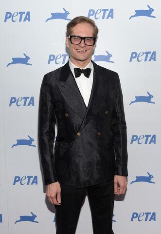 File:Bryan Fuller - PETA 35th Anniversary 2.jpg
