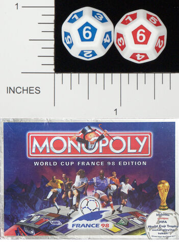 File:D12 OPAQUE ROUNDED SOLID WADDINGTONS WORLD CUP 98 MONOPOLY 01.jpg