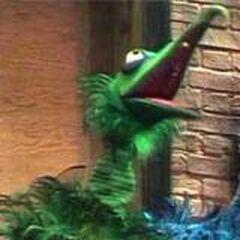 Green Bird Frackle
