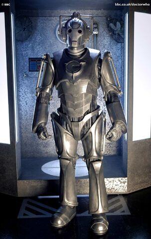 File:Cyberman2006.jpg