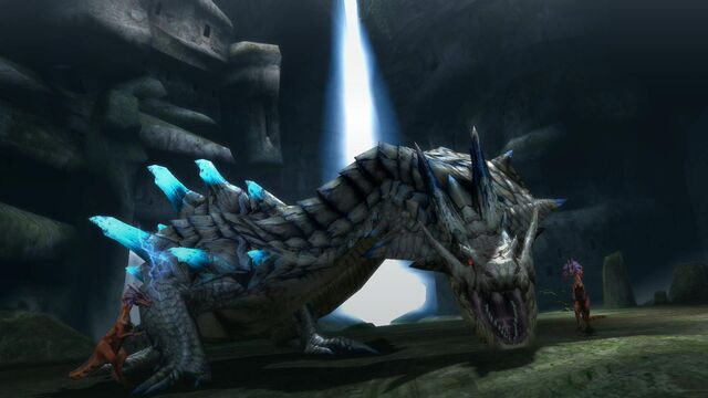File:Ivory Lagiacrus screenshot - 3.jpg