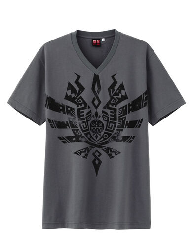 File:MH4-MH4 x UT Graphic T-Shirt 021.jpg