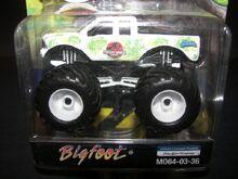M064-03-36 Bigfoot-Jurassic Park 2 (2)