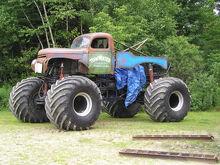 Monster-tow-trucks