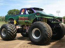 0807trweb 42 z+4 wheel jamboree 2008+tail gator monster truck