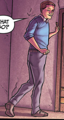 File:Issue 21 Steve Uniform.png