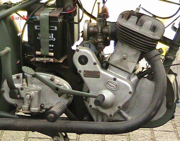 Datei:Antrieb rS Estafette 1951 Belgien 2008.JPG