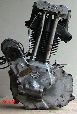 Datei:Sarolea 31 S Motor rechts.jpg