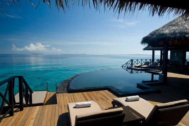 File:Tranquil-resort-4.jpg
