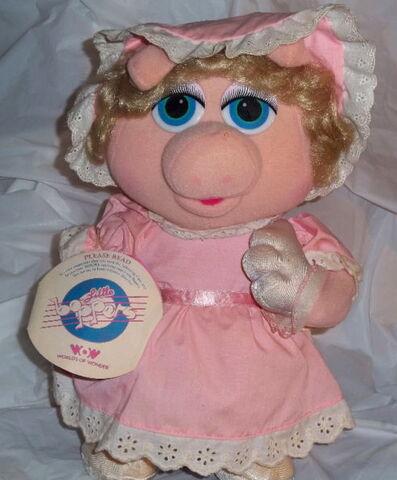 File:Little boppers baby piggy 1987.jpg