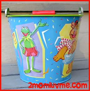 File:Schylling 1997 tin bucket 1.jpg