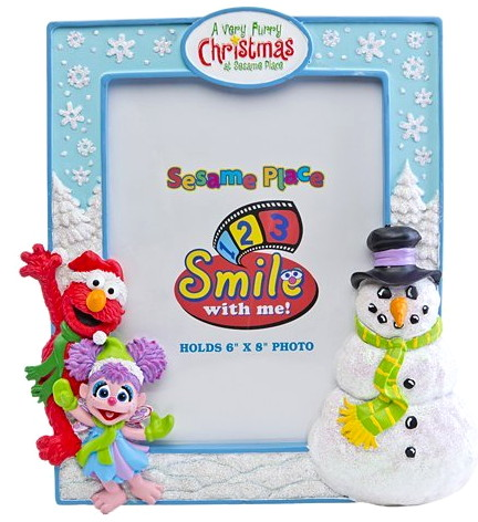 File:Sesame place frame furry christmas.jpg