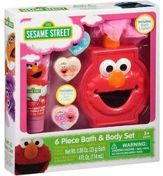 Elmo bath body set 2