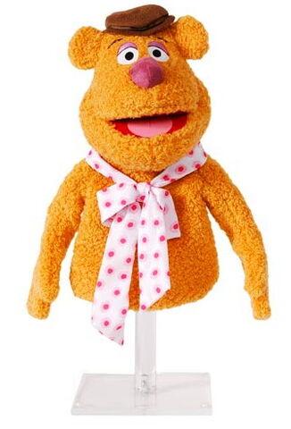 File:Madame alexander fozzie puppet.jpg