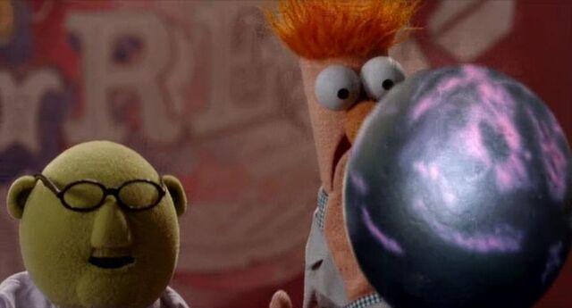 File:Bowling ball 5.jpg