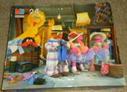 Milton bradley 1992 sesame puzzle dress-up