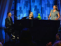 140321 muppets johnlegend ql