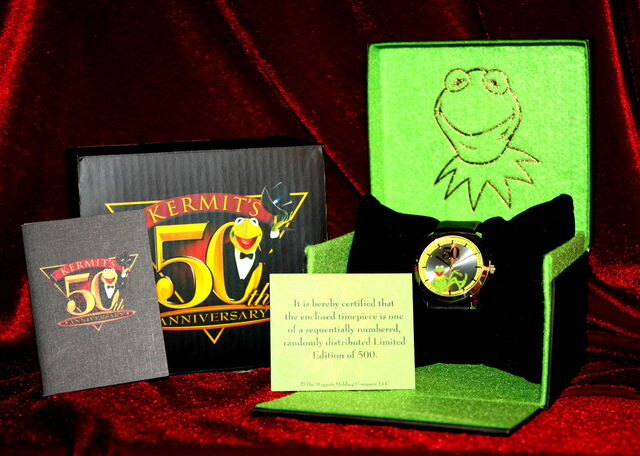 File:Fossil kermit's 50th anniversary watch 1.jpg