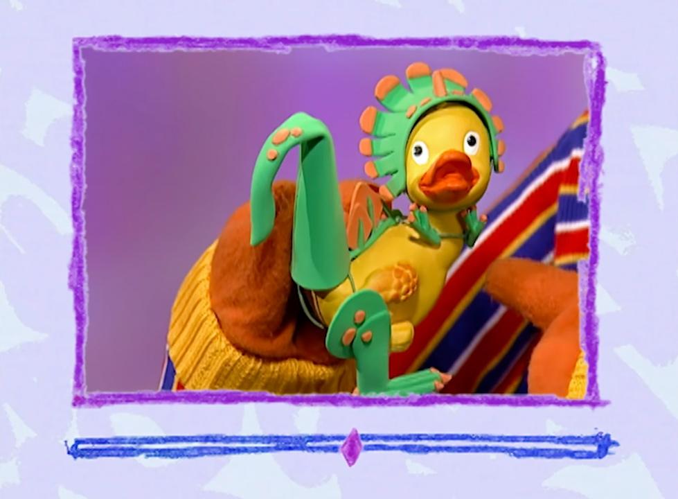 File:Ewdino-duckiemail.jpg