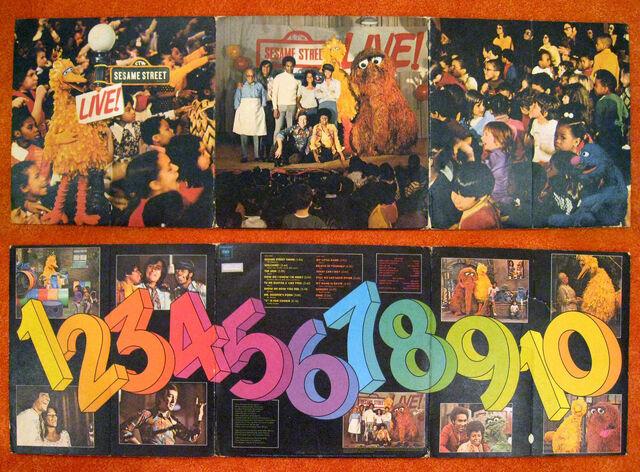 File:Sesame-Street-Live!-quad-fold.jpg