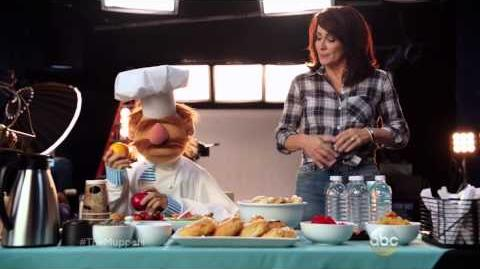 The Swedish Chef Cooks with Patricia Heaton - The Muppets