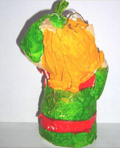 File:Miss Piggy Ornament mache2.JPG