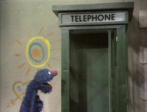 GroverandtheTelephone