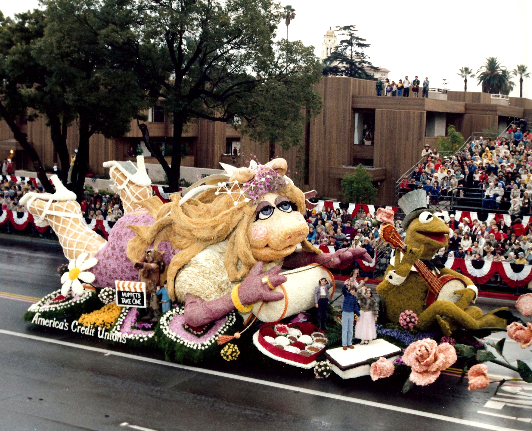 The Tournament of Roses Parade | Muppet Wiki | FANDOM powered by Wikia