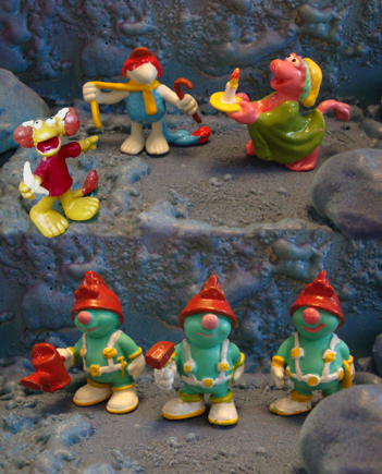 File:Spanish Fraggle Figures.JPG