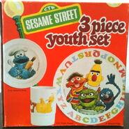 Demand marketing 1977 melamine dinnerware plate bowl mug 1