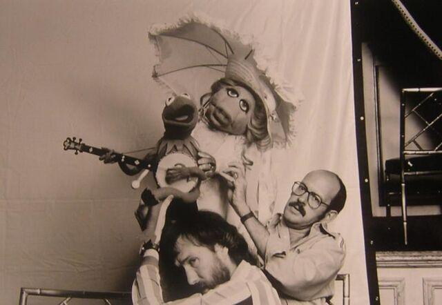 File:Jim frank kermit piggy.jpg