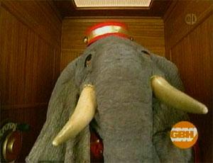 File:Ewupdown-elephant.jpg