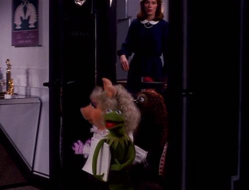 File:Kermit's entrance.jpg