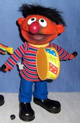 Barval spain wind-up toys ernie bert drum
