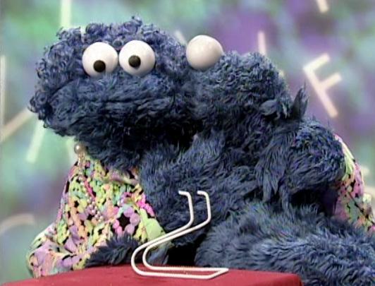 File:Kiss Cookie Monster Mom letter day B.jpg
