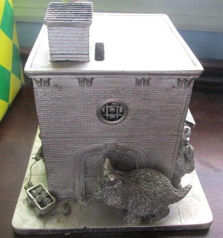 File:Sesame street general store silver coin bank 4.jpg